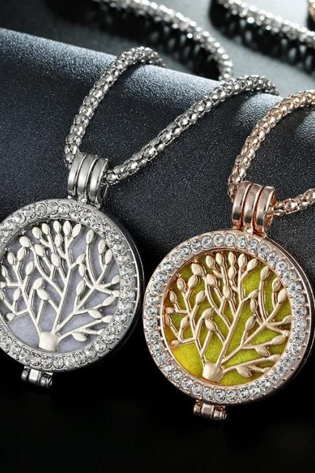 Vintage Life Tree Fragrance Necklace Zinc Alloy Aromatherapy Box Necklace for Women